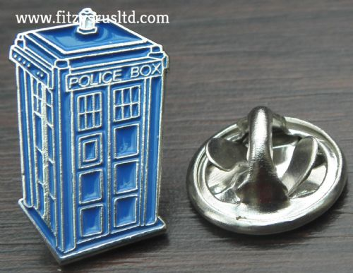 Blue Police Box Tardis Lapel / Hat / Cap / Tie Pin Badge - Brand New